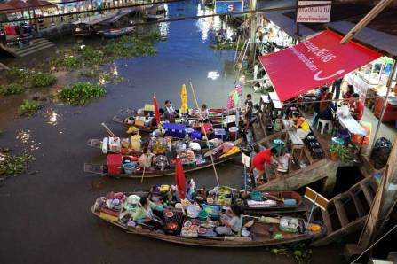 Floating markets  Amphawa Thailand.jpg