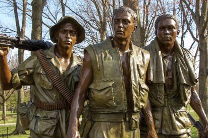 vietnam-memorial-1436628_1920